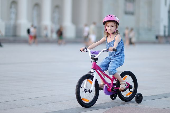 Pierwszy rower dla dziewczynki. Doradzamy bezpieczne i śliczne modele