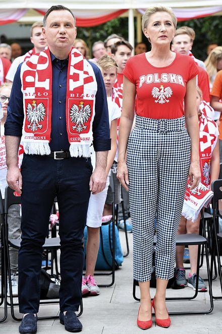 Prezydent i Pierwsza Dama kibicowali Polsce wraz z zaproszonymi dziećmi