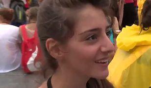 """20-latka opowiedziała o swoim życiu w targanej wojną Syrii. """"Wybaczam im, mimo że zabijają moich przyjaciół"""""""