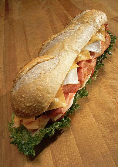Koniec darmowych kanapek w samolotach