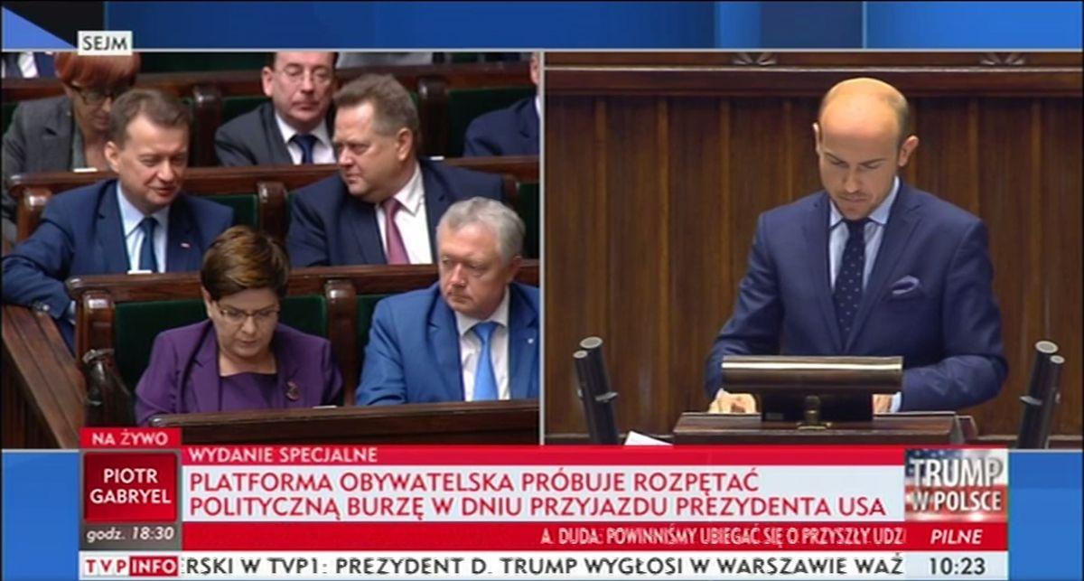 Tak PiS zastawiło w Sejmie pułapkę na opozycję. TVP INFO już uderza w PO