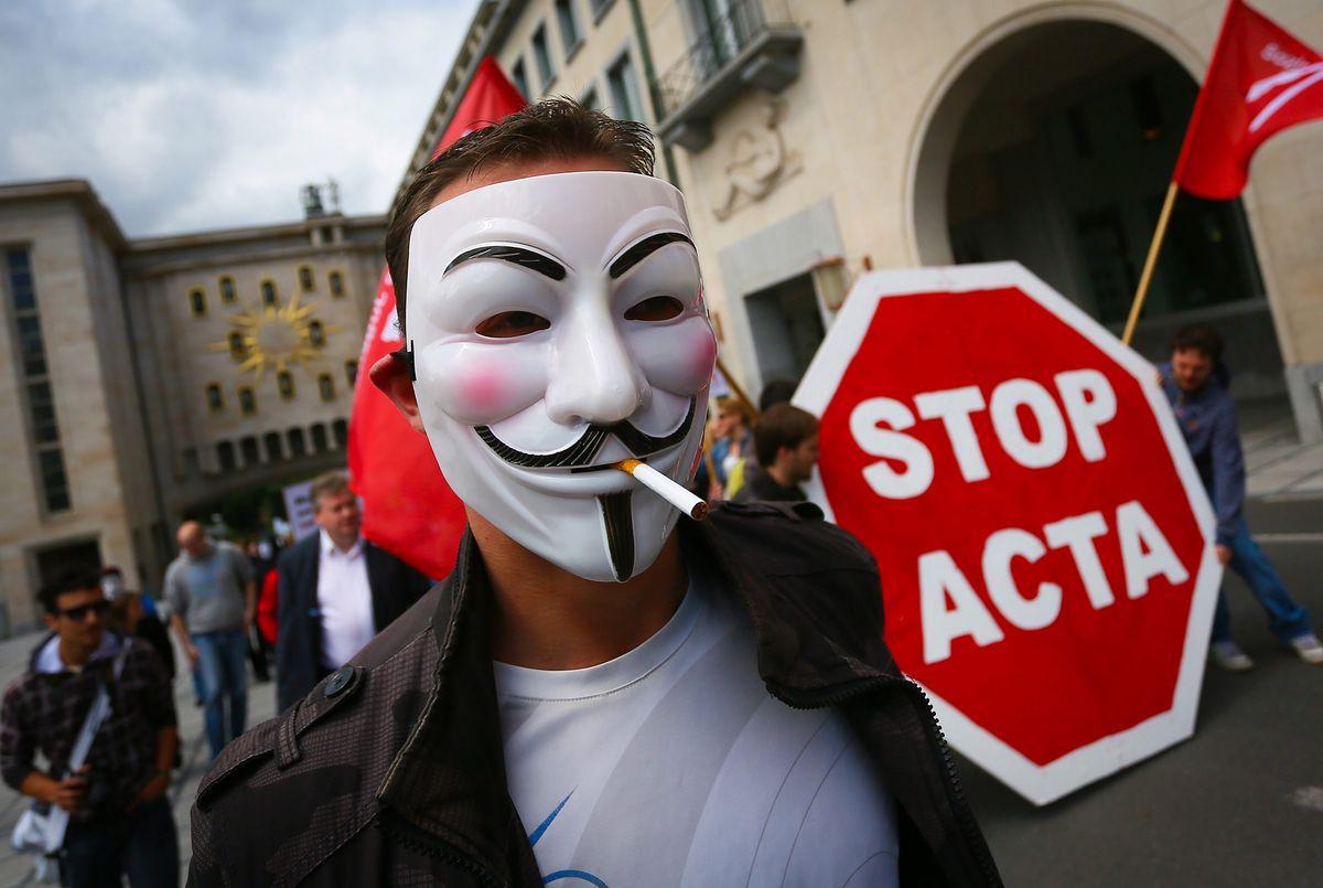 Marcin Makowski: ACTA 2 na ostatniej prostej. Europosłowie przyłożyli rękę do cenzury sieci