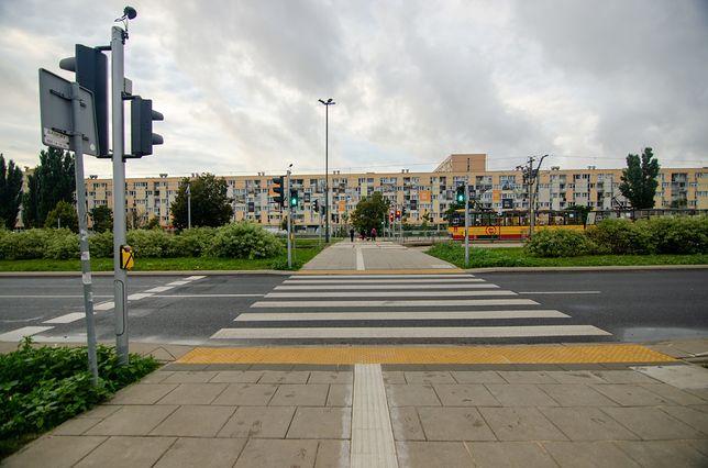 Warszawa. Światła przy przejściach poprawią bezpieczeństwo