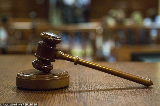 Kilkanaście miesięcy spędzi w więzieniu czterech Polaków odpowiedzialnych za rozróbę w Stoke-on-Trent w środkowej Anglii