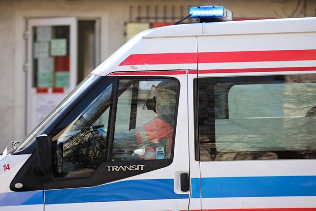 Koronawirus w Polsce. Zmarł ratownik pogotowia z Radomia. Miał 59 lat