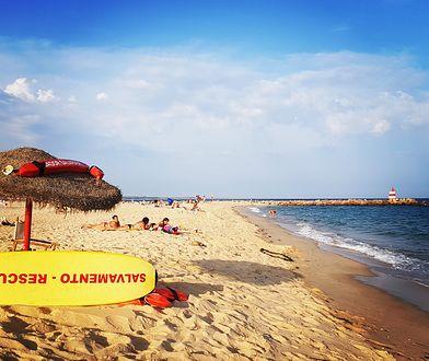 Algarve rozciąga się na przestrzeni około 150 km od Przylądka Świętego Wincentego na zachodzie do rzeki Gwadiany na wschodzie.