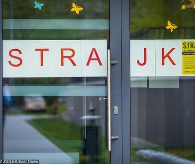 Strajk nauczycieli 2019. Warszawski ratusz proponuje nowelizacje prawa