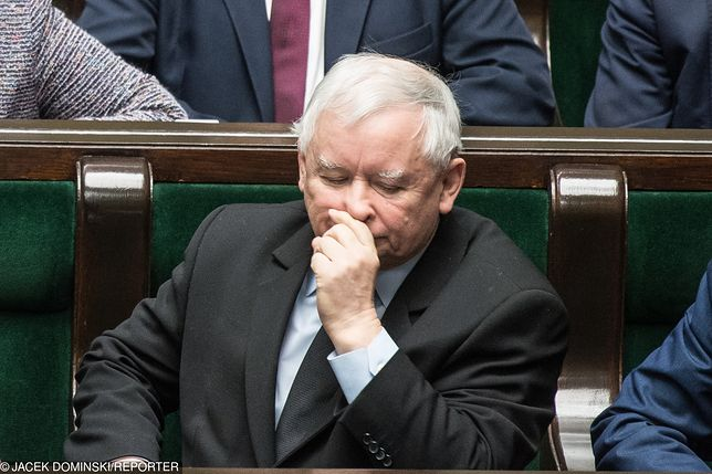 Prokurator został zawieszony, może usłyszeć zarzut propagowania faszyzmu. Przez grafikę z Jarosławem Kaczyńskim