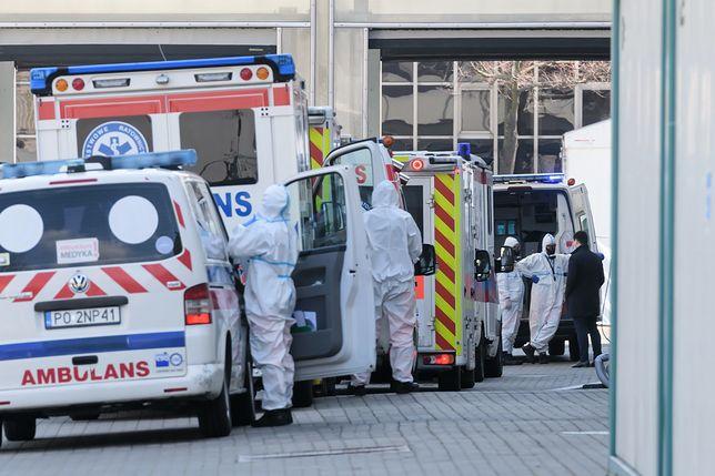 Koronawirus. Poznań: ewakuacja pacjentów ze szpitala tymczasowego na MTP