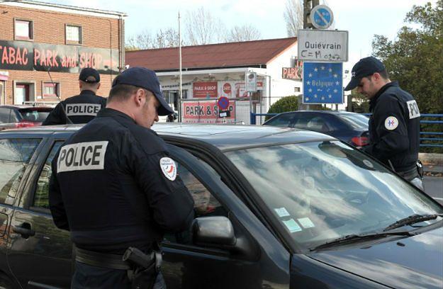 Francja przywraca kontrole na granicach. Strzeże ich 30 tysięcy policjantów