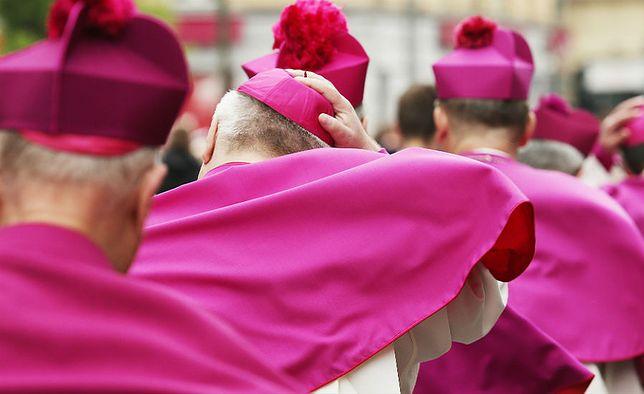 Biskupi apelują o powściągnięcie emocji i oparty na szacunku dialog