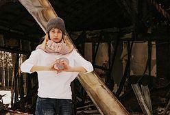 Dzieci stały bose na mrozie i patrzyły jak płonie ich dom. Rodzice podjęli odważną decyzję