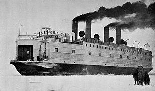 Lodołamacz Bajkał tuż przed wybuchem wojny