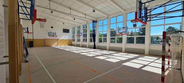 Wrocław. Koniec przebudowy w Zespole Szkół nr 20. Placówka zyskała nowoczesną salę gimnastyczną