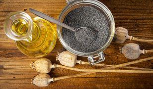 Olej pozyskiwany z nasion maku to przede wszystkim skarbnica nienasyconych kwasów tłuszczowych z grupy omega-6