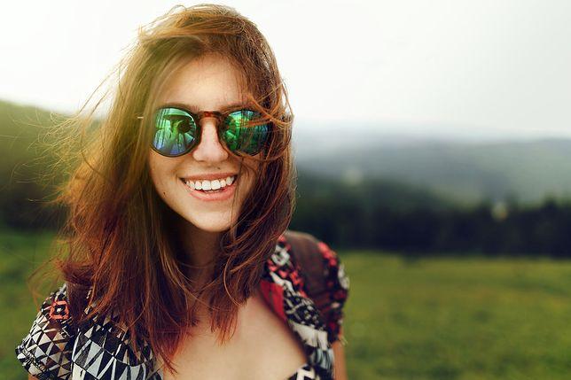 Gencjana na włosy pozwala na wydobycie naturalnego odcienia.