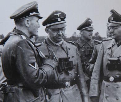Zdjęcie z powołania do życia dywizji SS Galizien. Otto von Wachter pierwszy z lewej