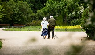 """Minimalna waloryzacja emerytur i rent w przyszłym roku. Dla niektórych ratunkiem będzie """"czternastka"""""""
