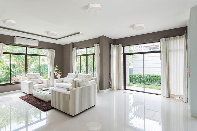 Oświetlenie domu: jak optymalnie dobrać lampy?