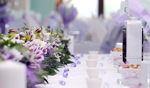 Catering arrangement of wedding table.violet color
