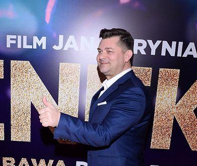 Zenek Martyniuk, niezaprzeczalny król muzyki disco polo. Parafraza jego piosenki jest w książce dla uczniów klasy szóstej