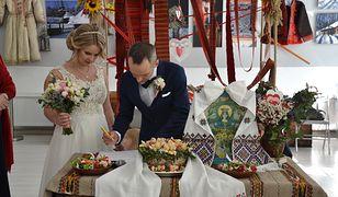 Aneta z Olegiem podczas wesela. Zdjęcie pochodzi z archiwum prywatnego, zakaz kopiowania.