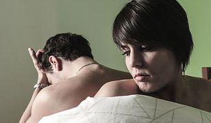 Może okazać się, że kochanek nie spełnia oczekiwań partnerki, bo ta nie mówi mu, co jest dla niej ważne