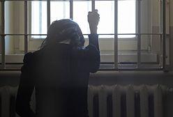 """""""Aż do śmierci"""". Zabiła męża. Potem policjanci odkryli jego sekretne zdjęcia"""