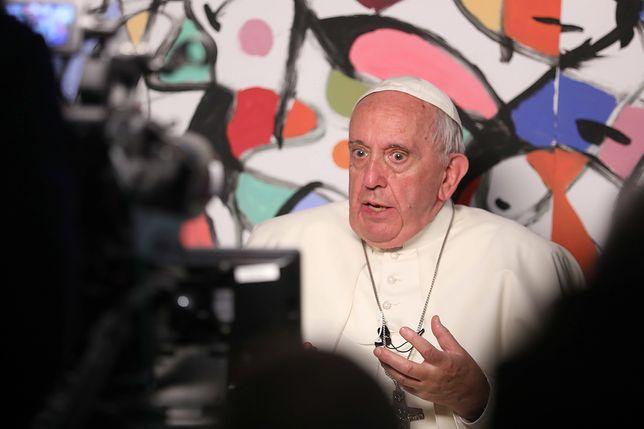 Więźniów nie interesował wspólny posiłek z papieżem