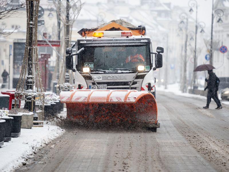 Warszawa oszczędziła kilkadziesiąt milionów na zimie. Ale nie na ogrzewaniu - ciepło podrożało tak, że profitów nie ma