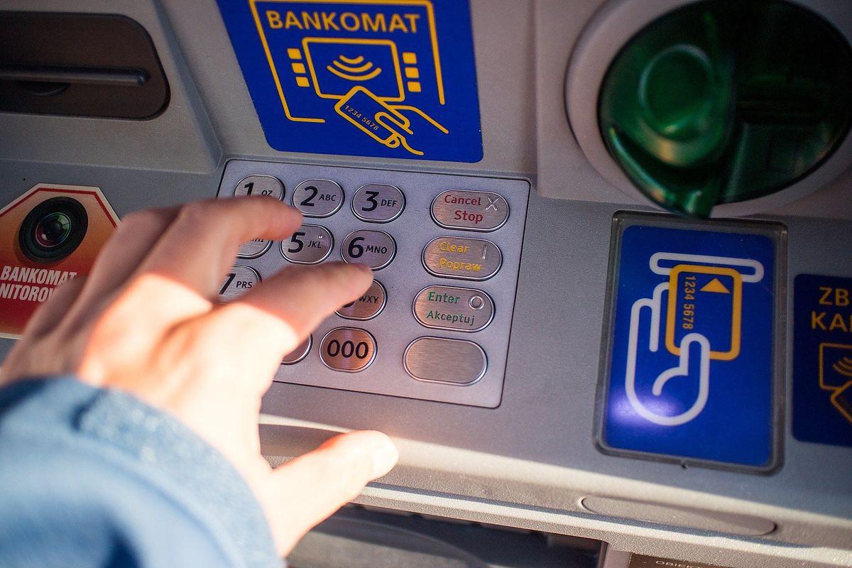Problemy z bankowością. Szykuj się na trudny weekend.