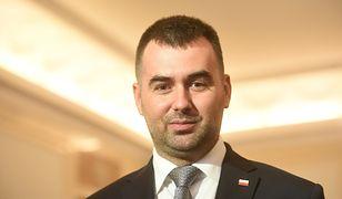 Błażej Spychalski wyjaśnia swój wpis o lustrowaniu rodzin dziennikarzy