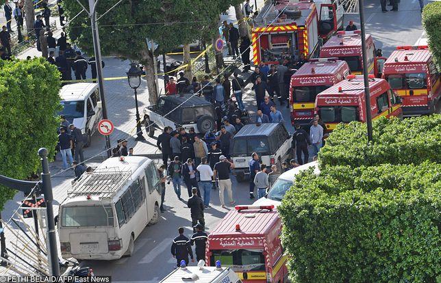 Do zamachu doszło przed jednym z hoteli w Tunisie