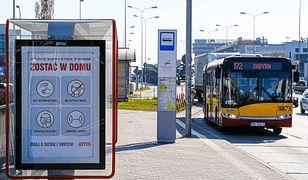 Warszawa. W pojazdach transportu publicznego możliwe jest 30-proc. obłożenie