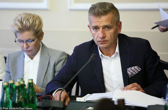 """Kłótnia o szefa komisji zdrowia. """"PiS złamało tradycję parlamentarną"""""""