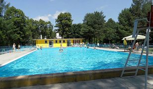 Obsługa Parku Kultury w Powsinie niezwłocznie poinformuje o ponownym otwarciu basenu.