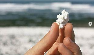 Setki tysięcy lat temu biały koral zmieszał się ze skałami wulkanicznymi i piaskiem