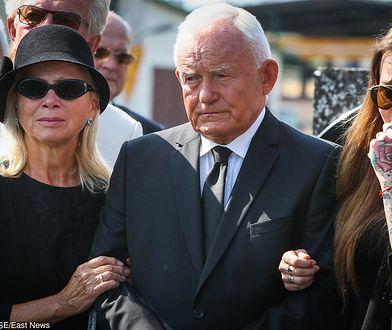 """Poprzedni naczelny """"Faktu"""" zrezygnował po publikacji w dzień pogrzebu Leszka Millera jr. tekstu o jego samobójstwie"""
