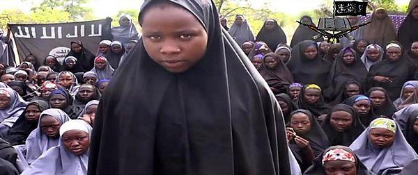 Nigeryjki porwane przez Boko Haram opowiadają o niewoli. HRW zebrało ich historie