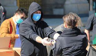 Koronawirus. Czechy badają odporność mieszkańców. Punkty pobrań na ulicy (zdj. ilustracyjne)