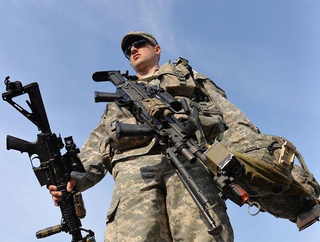 Ukraiński wojskowy podczas Rapid Trident-14