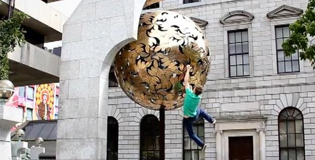 Ekstremalne akrobacje na ulicy