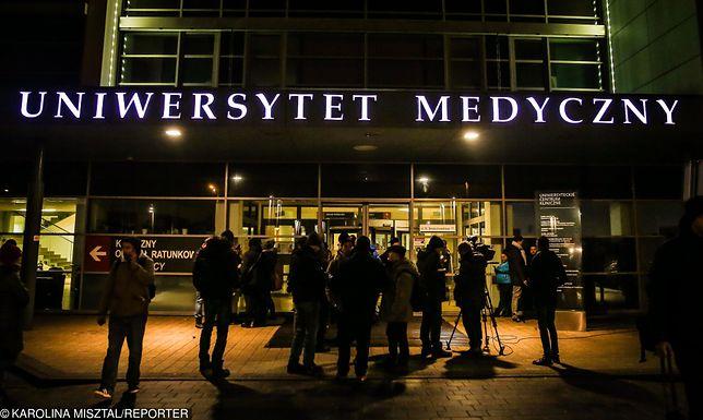 Operacja Pawła Adamowicza trwała ponad 5 godzin