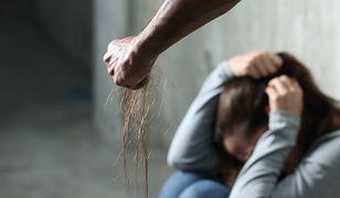 Czterech mężczyzn gwałciło 19-latkę. Filmik trafił na Snapchata