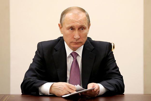 """Putin: zestrzelenie rosyjskiego samolotu było """"ciosem w plecy"""""""