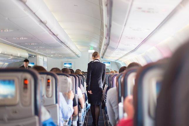 Personel pokładowy musi sobie często radzić z agresywnymi pasażerami