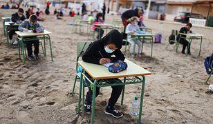 Szkoły na świeżym powietrzu. Hiszpanie znaleźli sposób na pandemię