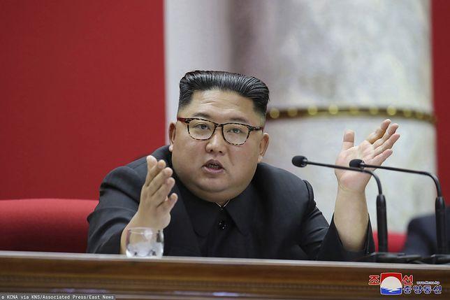 Korea Północna. Na zdjęciu przywódca państwa Kim Dzong Un