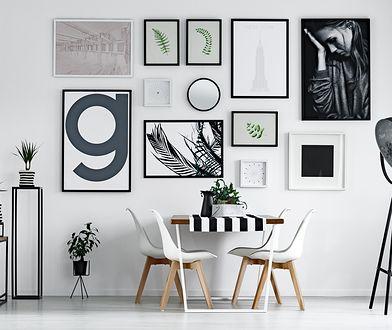 Taśmy montażowe przydadzą się w wynajmowanym mieszkaniu - dzięki nim powiesisz obrazki, nie pozostawiając po sobie dziur.