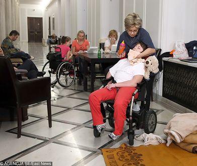 """""""Krzyczymy razem"""". Kobiety wyjdą na ulice dla niepełnosprawnych"""